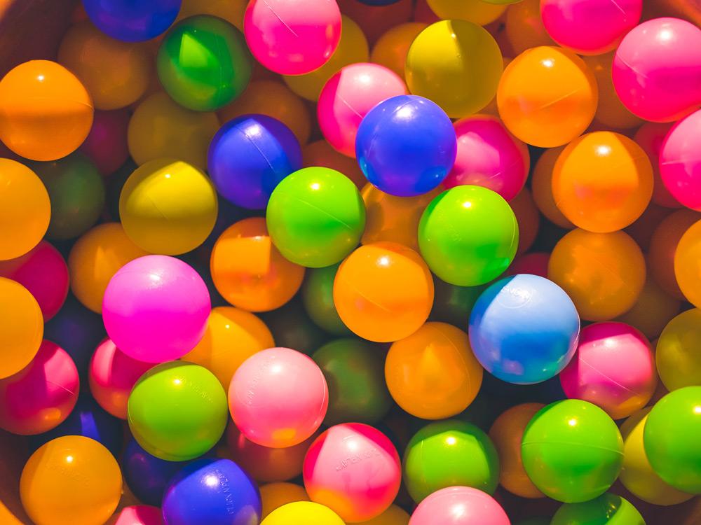Bällebad RGB Farben